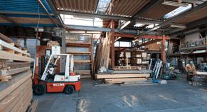 堀江工務店の家づくりを支える大切な自社職人と協力会により、高い施工技術を提供いたします。