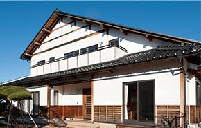自然素材無垢材の家