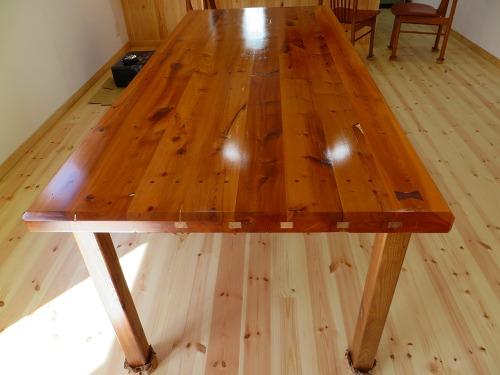 イチイのテーブル