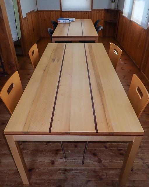 打合せテーブルが新しくなりました